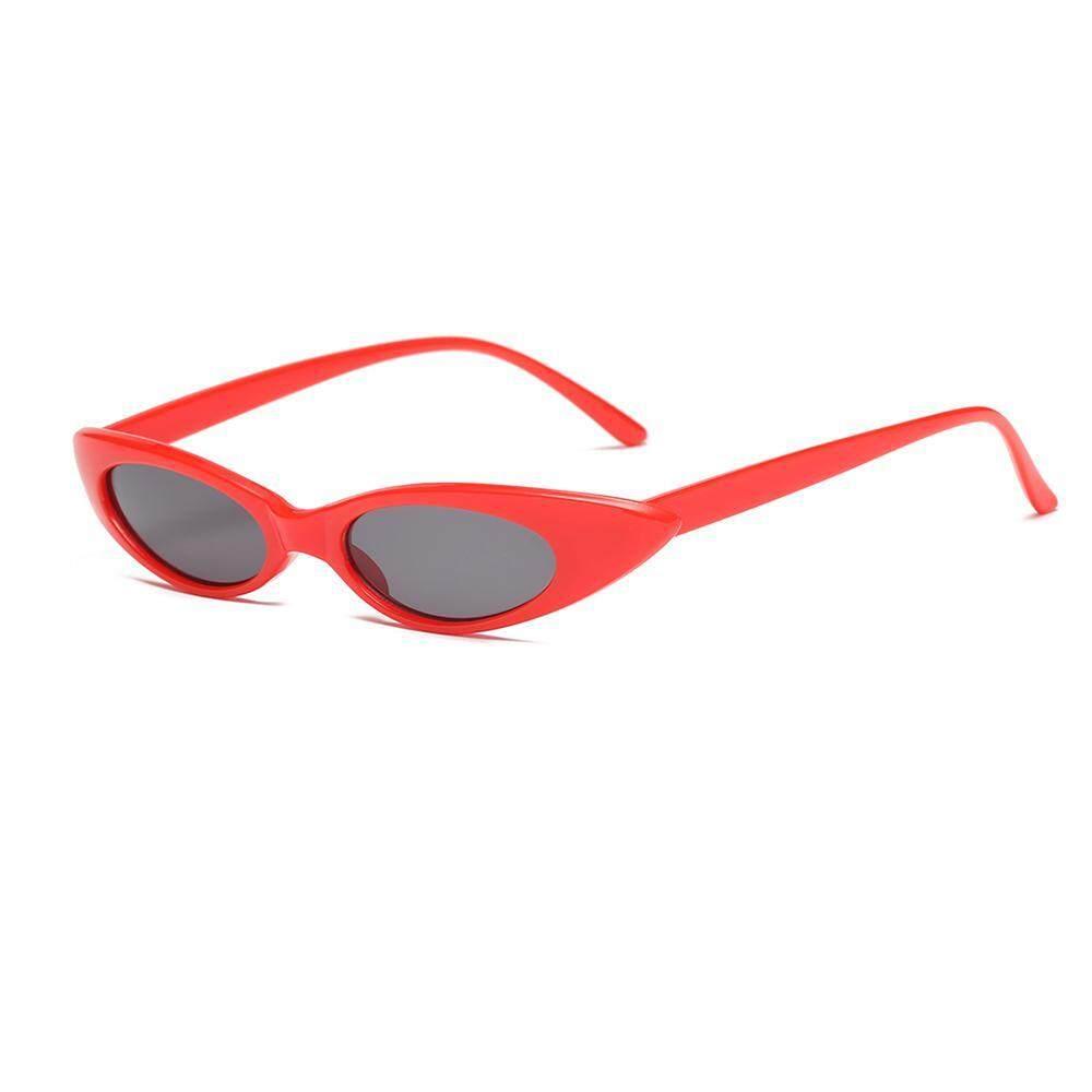 Leegoal Retro Antik Kucing Mata Kacamata Hitam Wanita Merek Desain Paduan  Bingkai Wanita Matahari Kacamata Perempuan e7d041e202