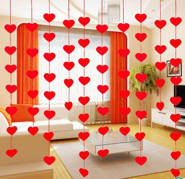 2 M Red Heart Curtain Hanging Decal-Intl