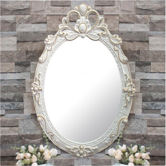 Modern & Versatile Wall Mirror with Golden Plated Design