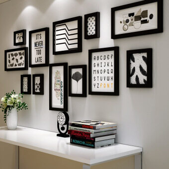 Simple modern wall combination of black and white Nordic photo wall