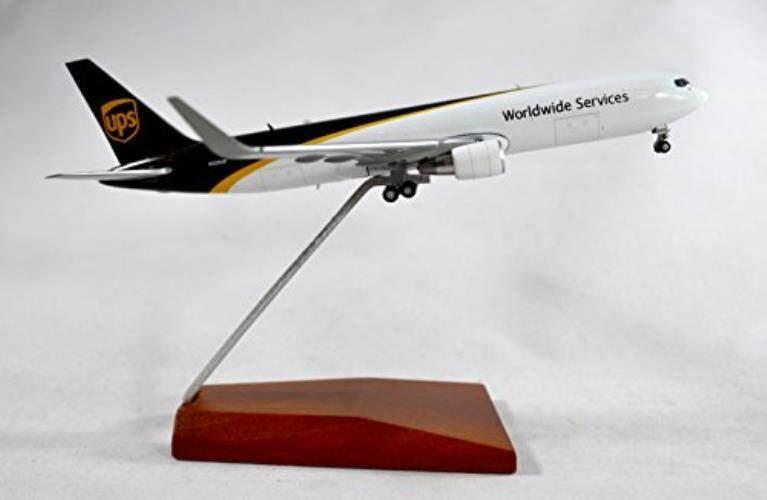 Geminijets UPS United Parcel Layanan Boeing 767-300 Diecast Model Pesawat N320UP dengan Penyangga 1:400 Skala Bagian # GJUPS1664 -Internasional