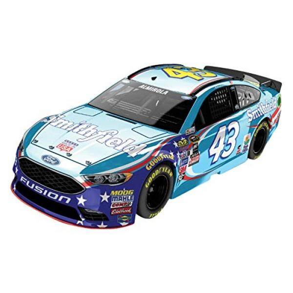 Lionel Racing Aric Almirola #43 Smithfield 2016 Ford Fusion NASCAR Color Chrome 1:24 Scale Diecast Car - intl