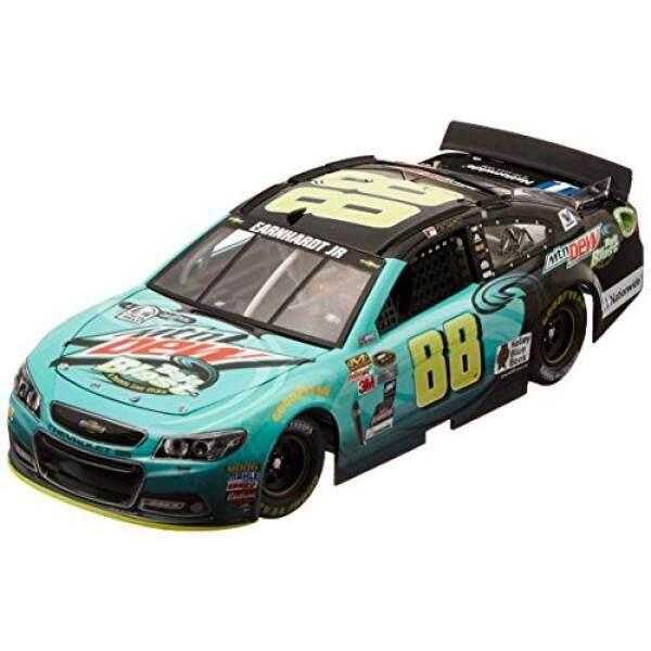 Lionel Racing Dale Earnhardt Jr #88 Mountain Dew Baja Blast 2015 Chevy SS NASCAR Diecast Car (1:24 Scale) - intl