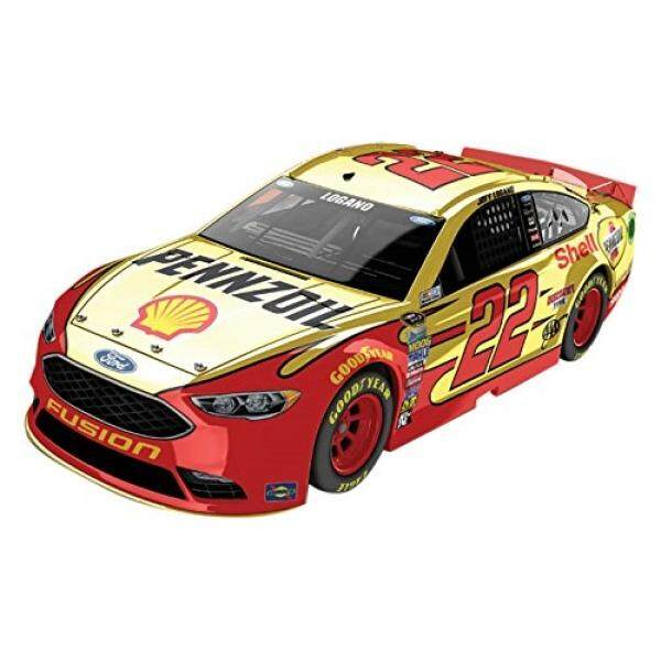 Lionel Racing Joey Logano #22 Shell-Pennzoil 2016 Ford Fusion NASCAR Color Chrome 1:24 Scale Diecast Car - intl