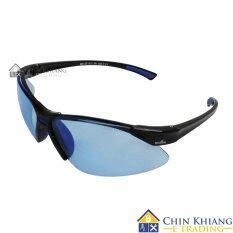 sporty sunglasses  sporty sunglasses