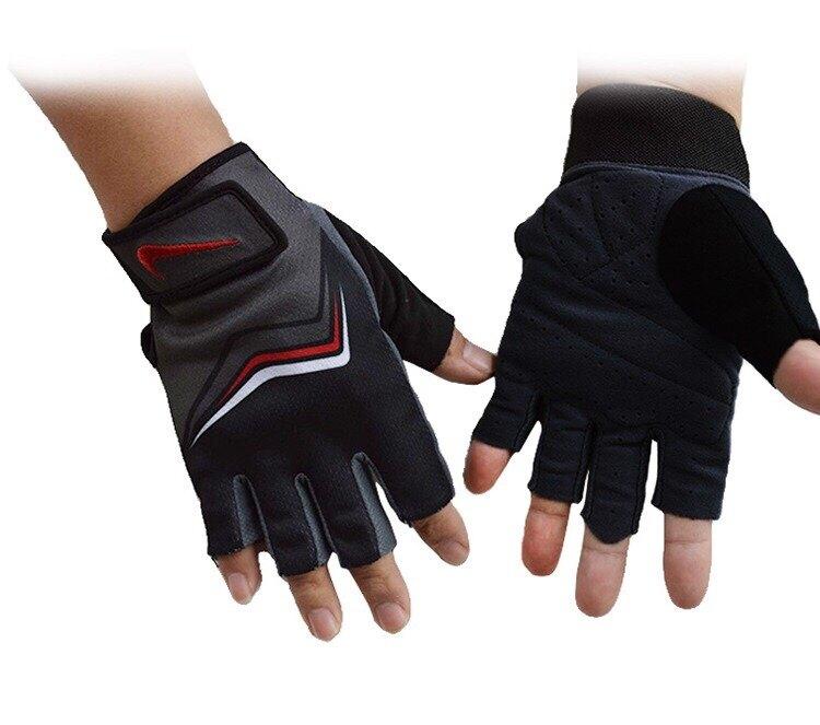 Nike Fundamental Training Gloves: Nike Fundamental Training Glove