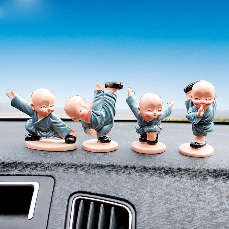 Hiqueen 4 Pcs/set Kartun Rahib Kecil Hiasan Boneka Auto Dasbor Mobil Mainan Hiasan Hadiah