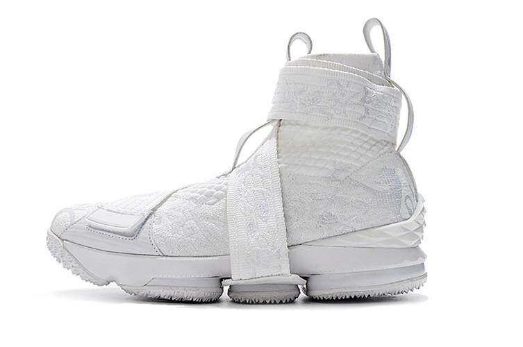 fda13ae2d4e52 Nike Official LeBron XV LeBron 15 EP