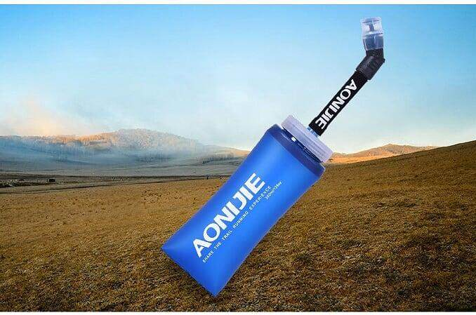 [ BEST SELLER ] AONIJIE TPU Soft Water Flasks with Long Straw Running Sports Water Bottles Folding BPA Free 600ml (1 Piece) - Blue
