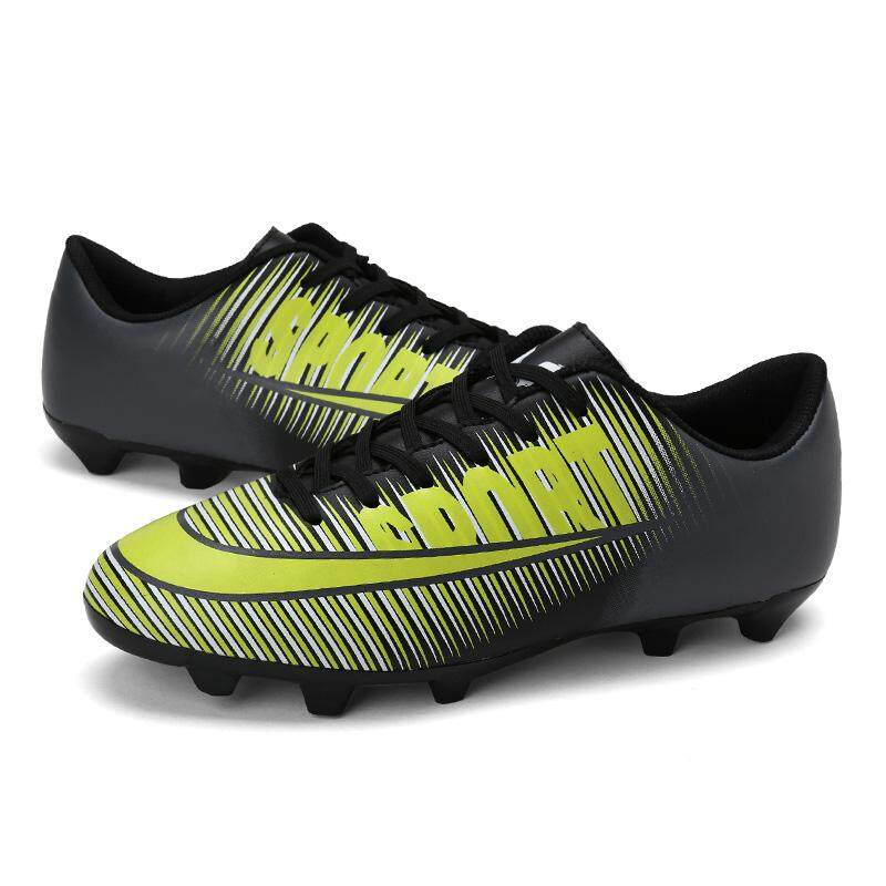 823a167b2b5a Football Shoes for Men 4Colors 2018 New Fashion Star s Style Long Nail  Soccer Boots Men s Outdoor