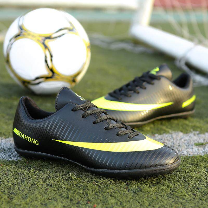 Professional Men Turf Indoor Soccer Shoes Cleats Kids Original Superfly  Futsal Football Boots Sneakers 36d2ee8c3e3