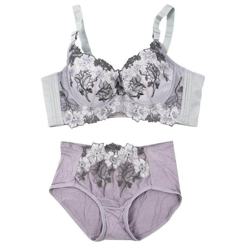 7d42e943cf9 High Quality Deep V Sexy Big Size Push Up Bra Set Floral Embroidery Lace  Women Underwear