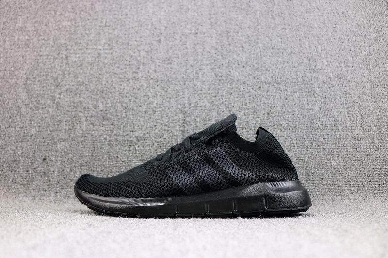 2018 Musim Panas Baru Swift Kebugaran Sepatu Wanita dan Pria Uniseks Ukuran EU36-44 Swift Run Pk Sepatu Lembut Non-slip selip 4 Warna Yang Dijual CQ2894 CQ2892 CQ2893 CQ2896