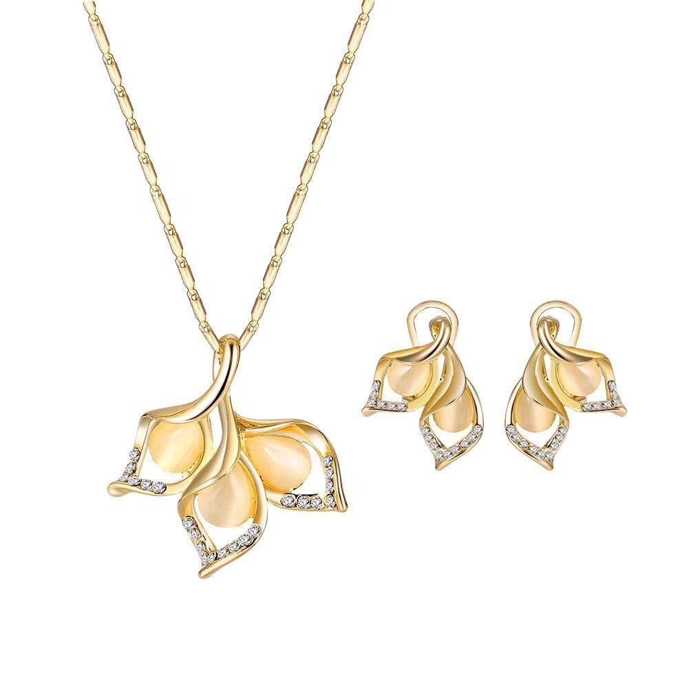 Linfang Wanita Elegan Kelopak Berbentuk Berlian Liontin Kristal Kalung Mewah Anting Perhiasan Bagus Set-Intl