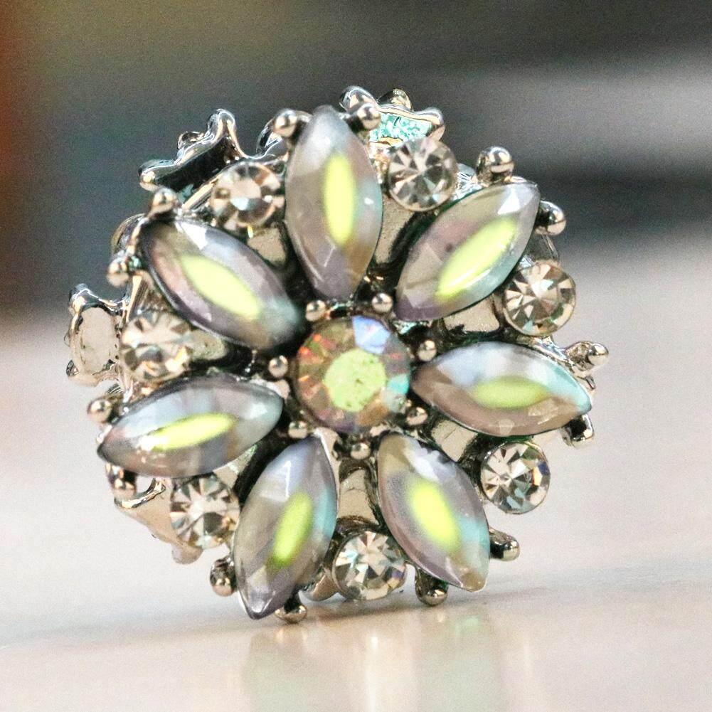 655b10224 Fashion Rhinestones Flower Brooches Pin Scarf Buckle Metal Muslim Headscarf  Abaya Khimar Magnetic Hijab Scarf Magnet