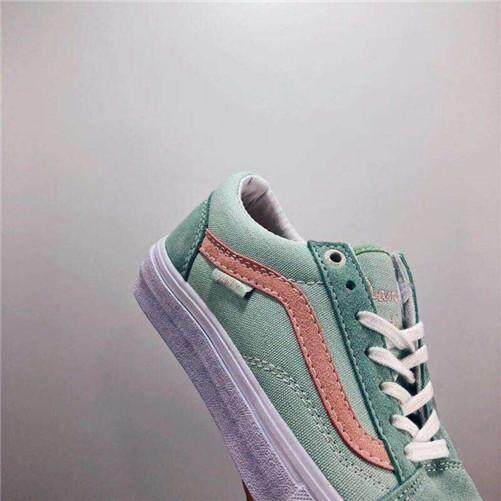 af71821ec9f2 Vans Official Skate Shoes High Quality Vans Daniel Lutheran WOMEN EU 36