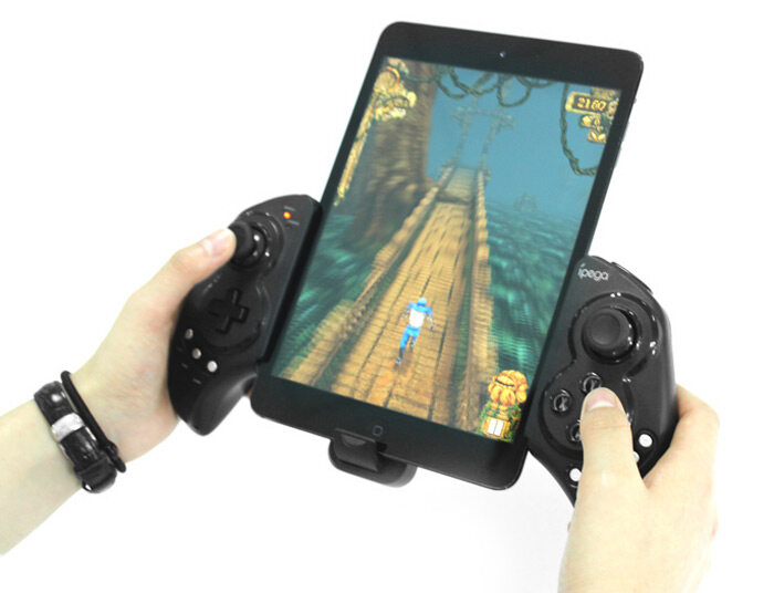 iPega PG-9023 Wireless Bluetooth Game Controller Gamepad Joystick with Stretch Bracket for iPhone 6 Plus iOS Android System
