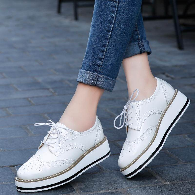 ff211029a3c5 YEALON Spring Women Platform Shoes Woman Brogue Patent Leather Flats Lace  Up Footwear Female Flat Oxford