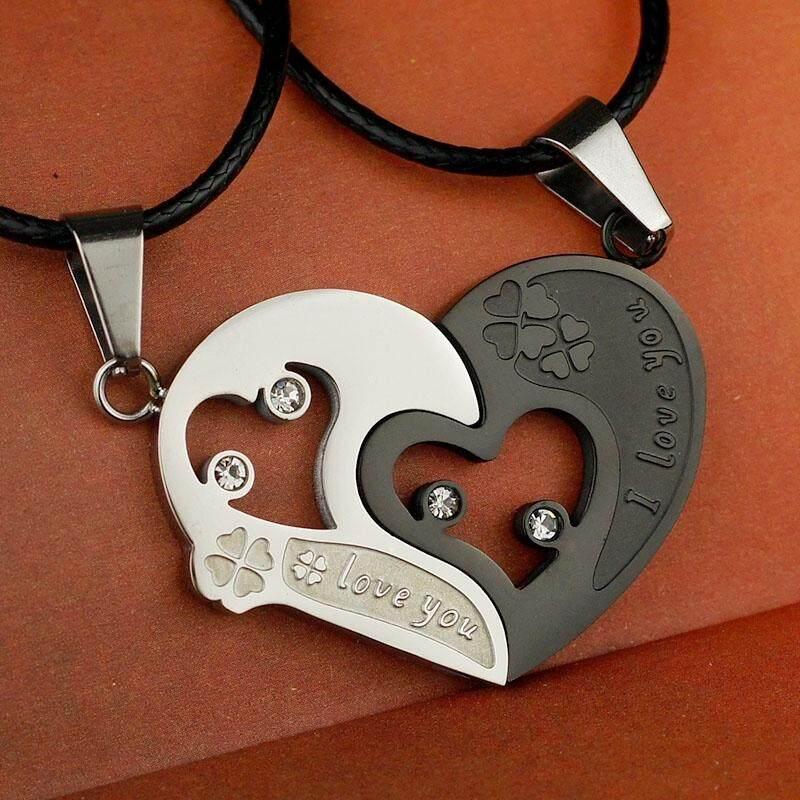 【Clover dengan warna + bagian baja hitam】Titanium baja cinta pasangan kalung sepasang siswa