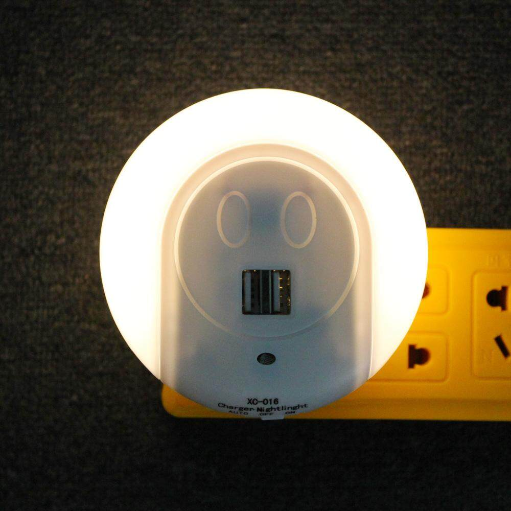 Light-Controlled Night Light Sensor with Dual USB Charge Ports For Kitchen Bedroom Baby (plain).jpg
