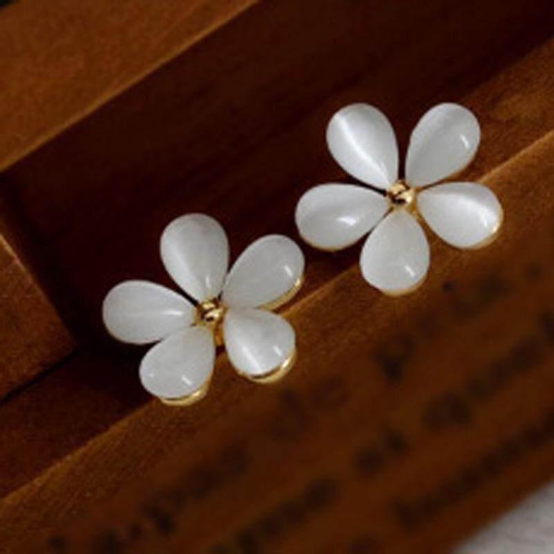 Gracekarin Online Fashion Elegan Wanita Bunga Putih Telinga Kristal Berlian Imitasi Anting Stud