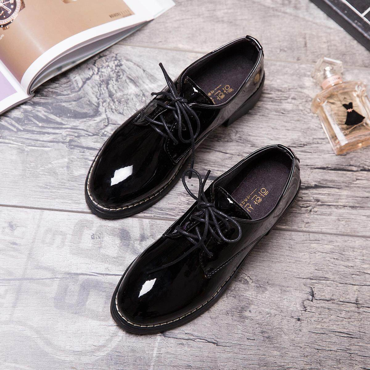 d33a65cb2ca Black Small Leather Shoes women 2019 New Style Spring Versatile Korean  Style Students Harajuku England women Shoes Flat Keel Thin Shoes Fashion