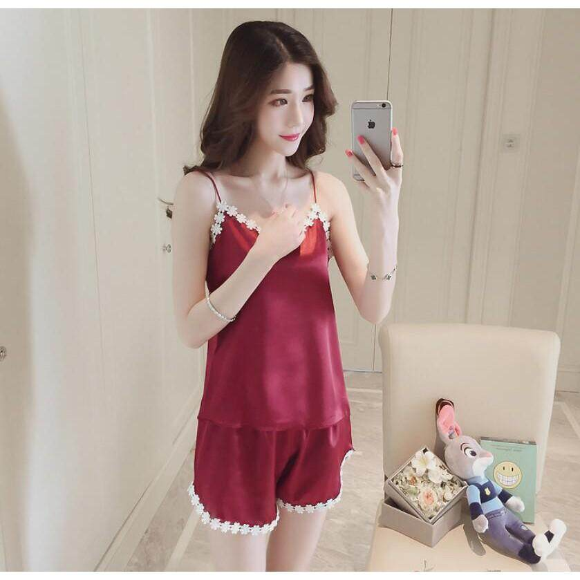 Women Pajamas Sling Lace Loose Solid Color Sexy Silk Nightwear Tops and  Shorts 7fb5c0d9d