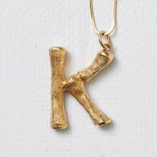【Huruf K emas】18K rose gold hip hop Carina Lau sama surat ayat rantai sweater liontin kalung folder klavikula laki-laki dan beberapa perempuan perhiasan A-Z