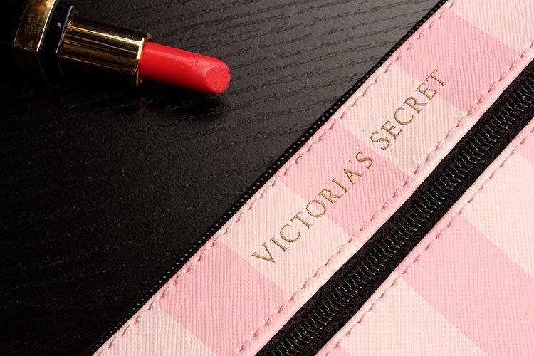 VS Victorias Secret MakeUp Pouch/ Wrist Purse