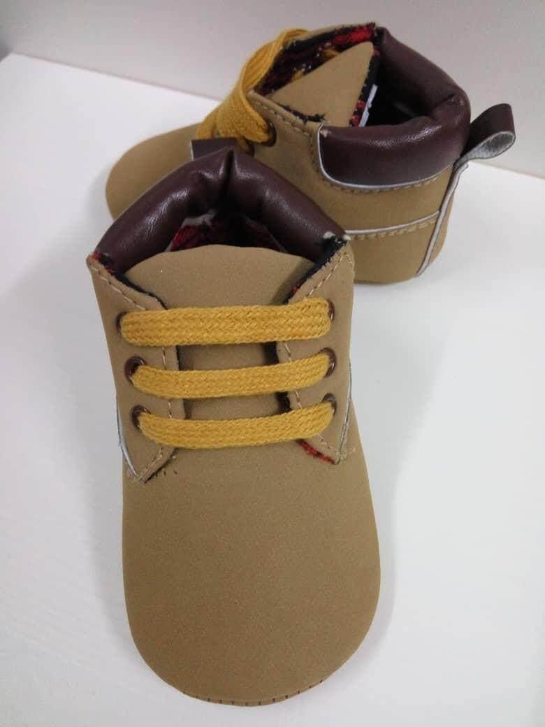 Pre-walker shoes (babies until 12 months)