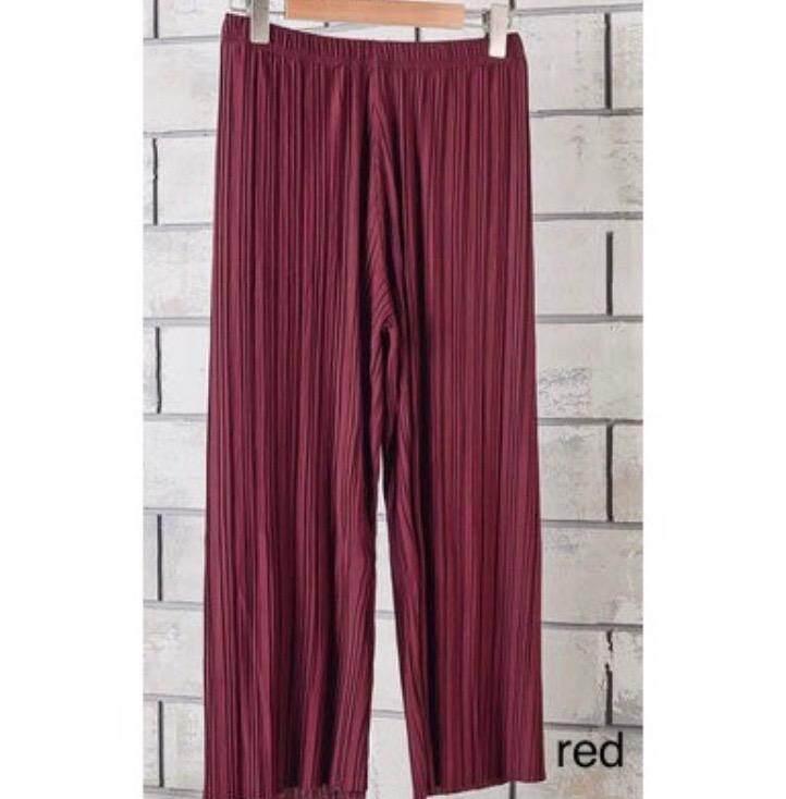 READY STOCKS !!Korean high waist pleated loose culottes( Palazzo) casual pants
