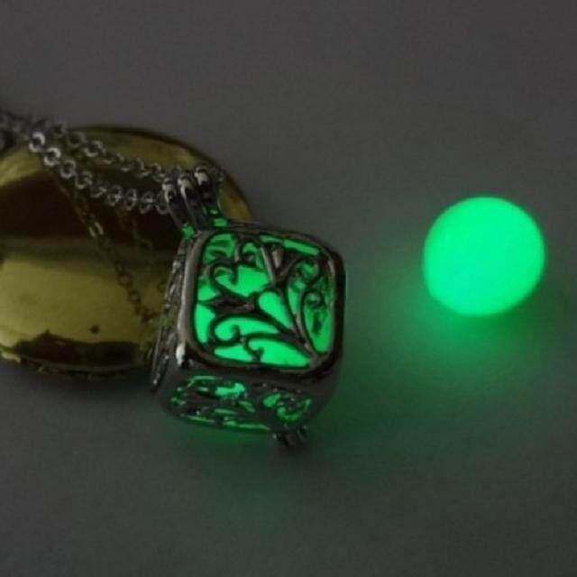 ... Berharap lampu hijau pohon Bercahaya perhiasan berharap pohon kalung hidup pohon bercahaya liontin berongga
