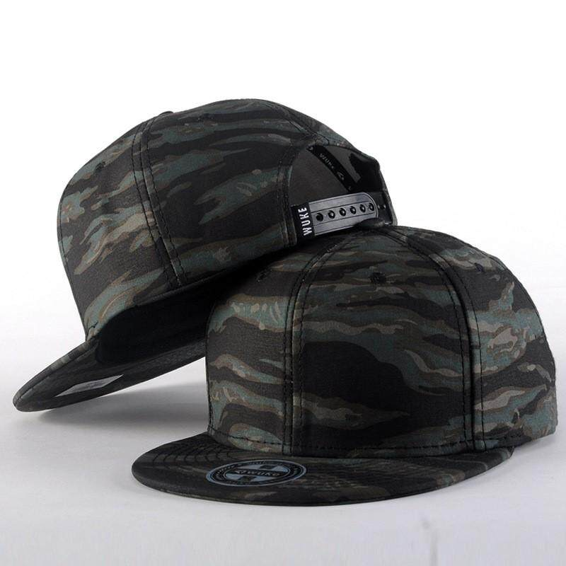 Camouflage Flat Brim Baseball Caps Fashion Street Dance Hip Hop Snapback Hat  Summer Camo Trucker Caps 05d30683321d