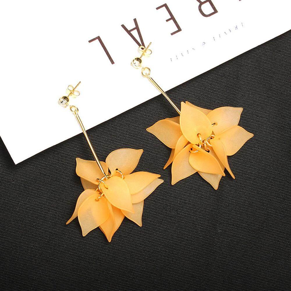 LRC Anting Gantung Fashion Flower Shape Decorated Earrings. Source · Elegant Tassels Flower Party Drop