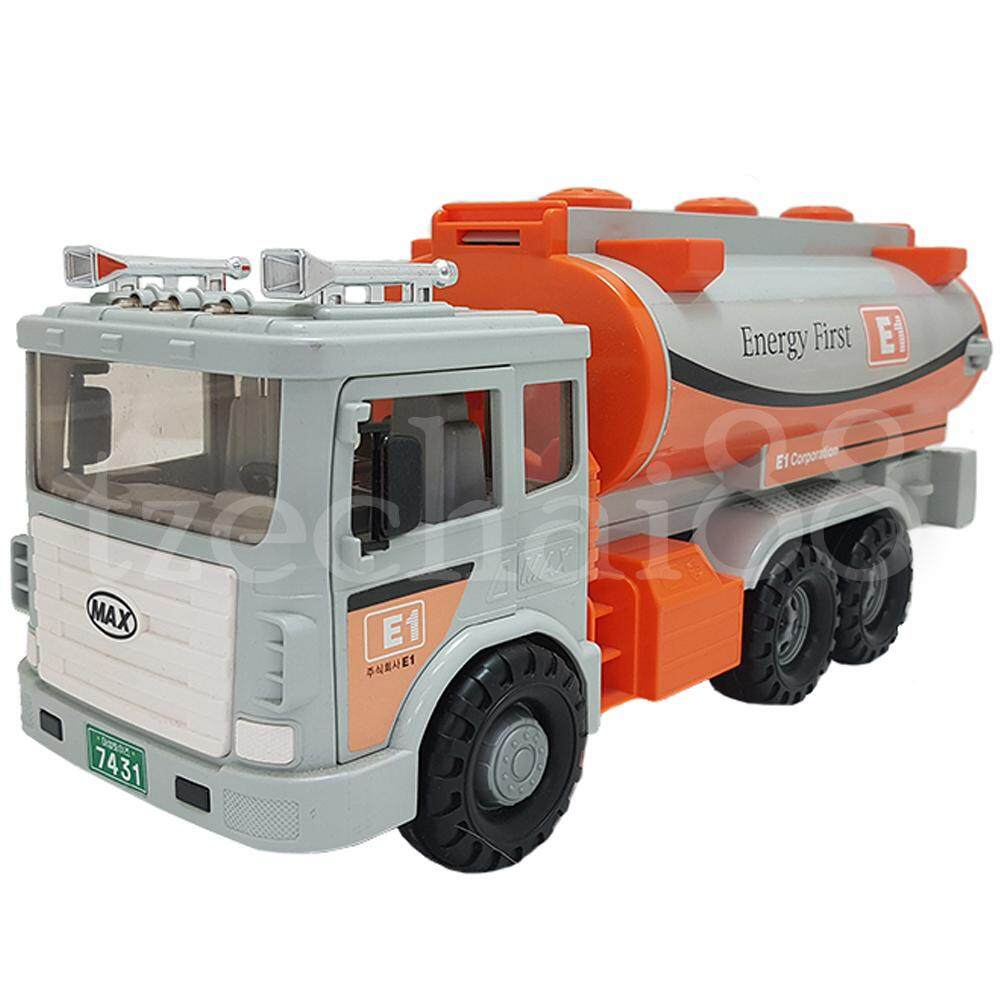 Daesung Petrol Tanker LPG E1 Tank Truck Door Openable 38.5 * 18.5 * 15.5cm made in Korea Friction toys model Genuine, Generic, Authentic DS-965