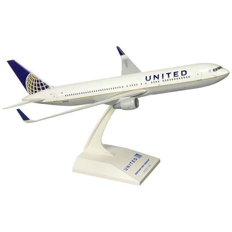 Daron Skymarks United 767-300ER Post Co Merger Liv Model Kit (1/150 Scale)