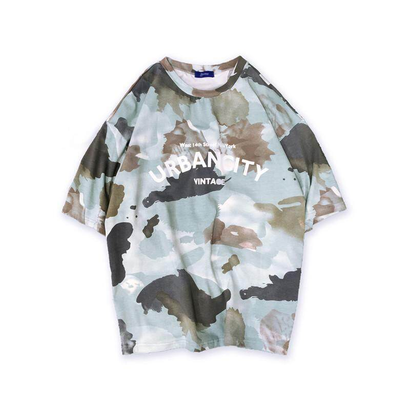 e7b822946abc Summer New Korean Fashion Trend Half Sleeve Loose Round Neck Print Jacket  Men s Camouflage Printing Short
