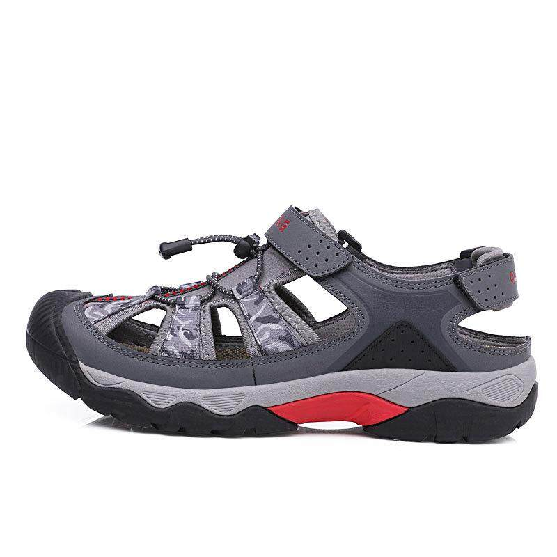 cf74ffc1de1df Outdoor Beach Sandals Men s Sandals Baotou Vietnamese Sandals Non-slip  Waterproof Breathable Casual Sports Shoes