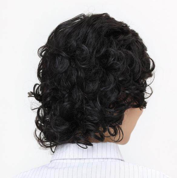 Wanita Teguran Rambut Asli Pada Orang Tua Kepala Teguran Rambut Keriting Panjang-Internasional