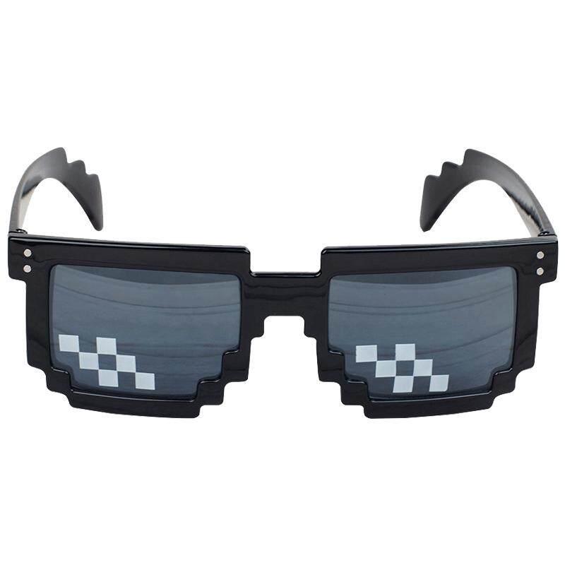 แว่นตาดำแฟชั่น ลายโมเสก By Taobao Collection.