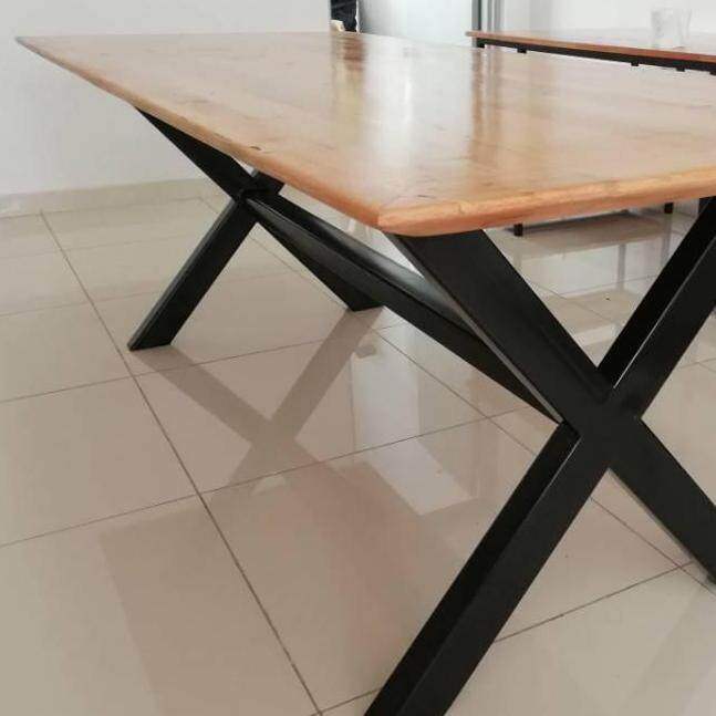Ladubee Dining/Meeting Table (Meranti Solid Wood)