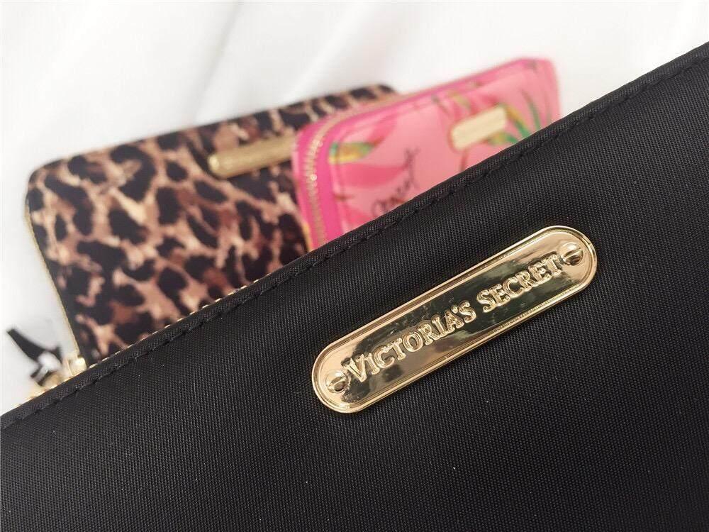VS Victoria Secret Zip Purse