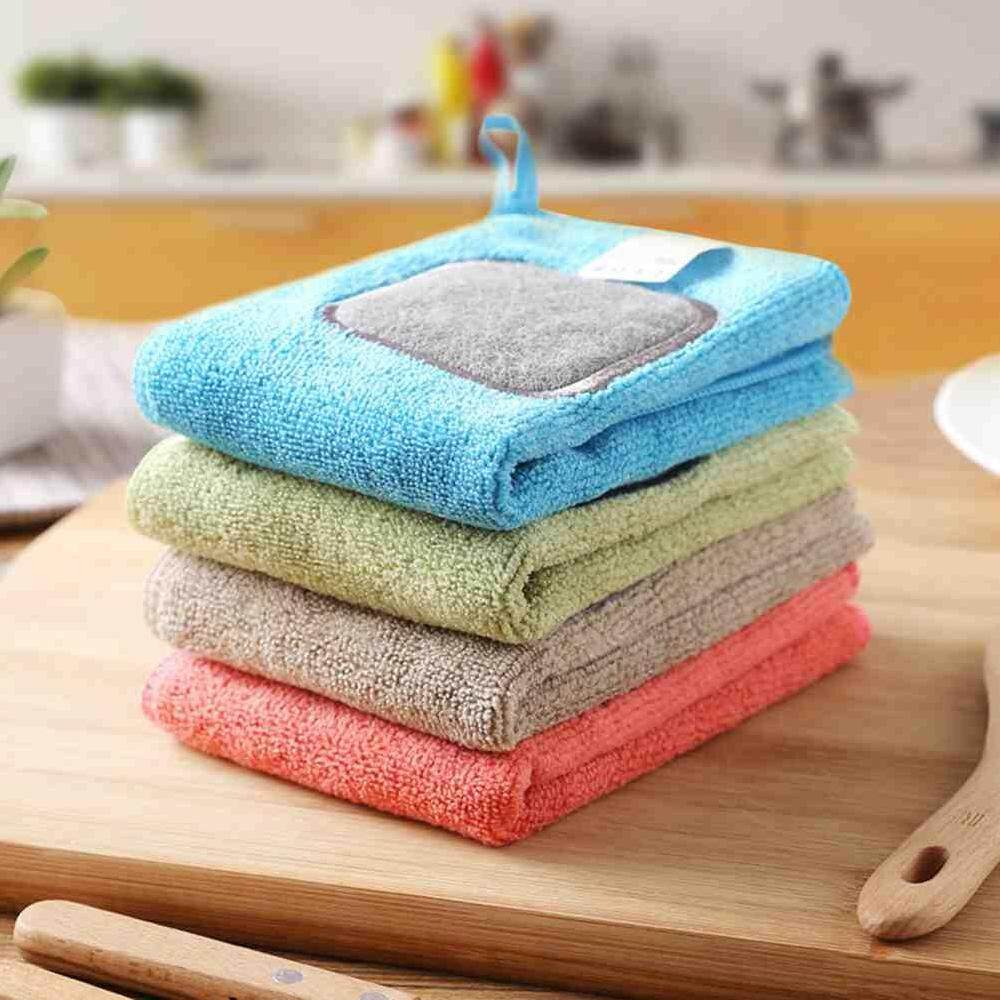 Yuero 4pcs 2 In 1 Absorptive Hangable House Kitchen Cleaning Cloth Wash Microfiber Towels +scouring Pad Dishcloth Non-Stick Oil Rag 30 * 30cm By Yuero.