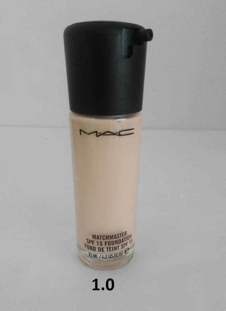 BRANDED MATCHMASTER SPF 15 FOUNDATION FOR ALL SKIN TYPES WITH FREE SPONGE NO. 01
