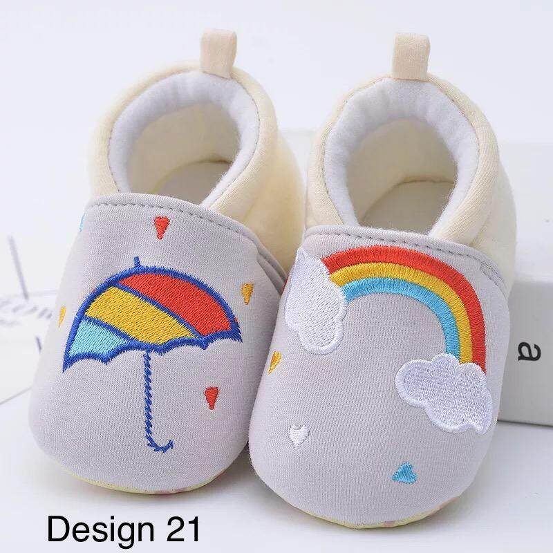 baby shoes for boys and girls, available for size 14