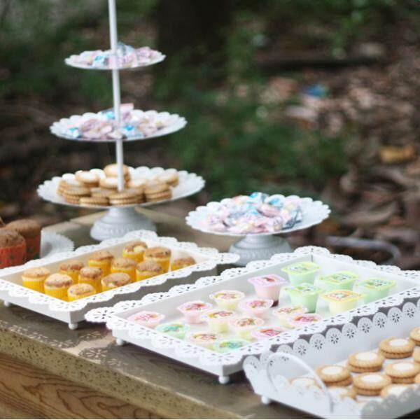BolehDeals Elegant Hollow Lace Edge Fruit Cake Plate Food Serving Tray White S