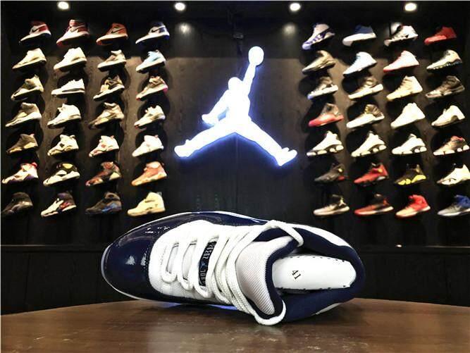 """Nike Resmi Stiker Michael Jordan 11 Pria Basketaball Sepatu MJ Merah Putih  Diskon AJ """"Gym Merah"""" MID TOP AIR JORDAN cd29fb2fa0"""