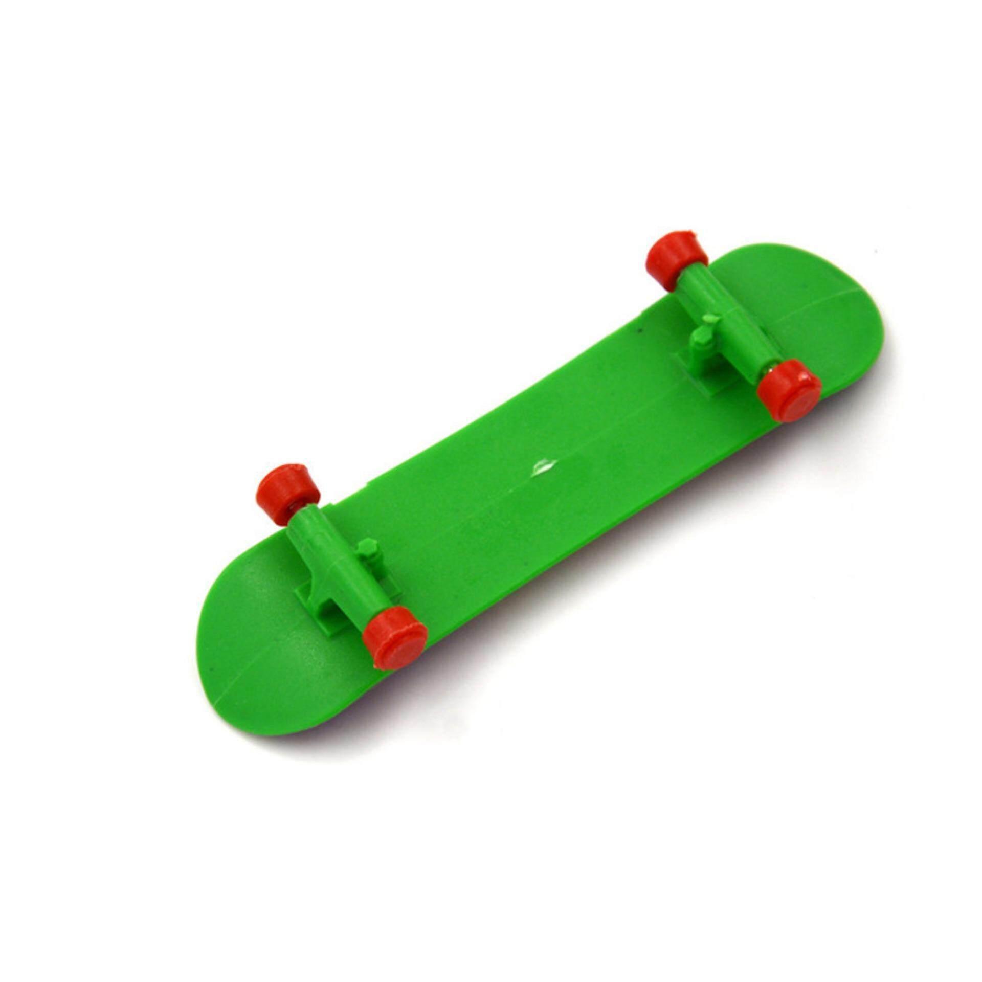 Skateboard Mini Papan Jari Skate Boarding Mainan Model Pesta Hadiah Anak-anak .