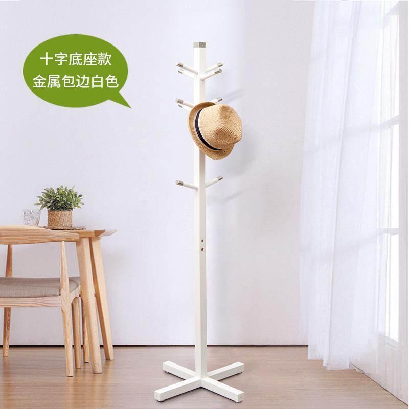 Modern minimalist bedroom simple floor-to-ceiling hangers