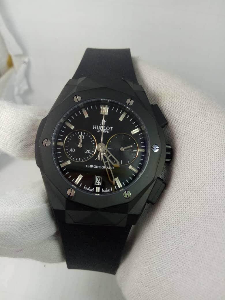 92181c44b87e Hublot Geneve - Big Bang Limited Collection